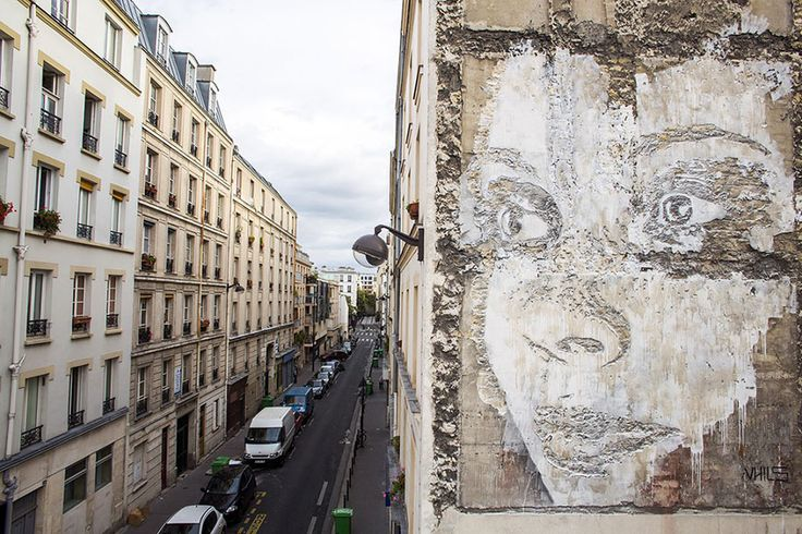 Scratching the Surface: Artist Carves Giant Portraits Into Old Building Walls | Paris, France