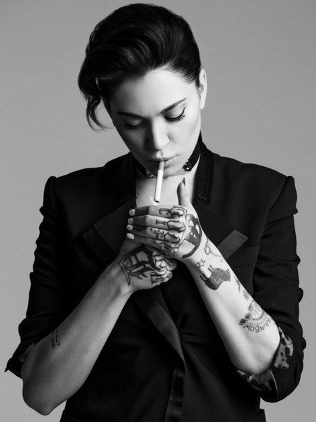 #porcelain #black #porcelainblack #alaina #beaton #smoking #tattoos