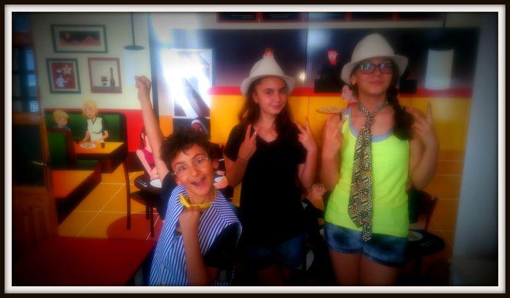 At the Cheeky Cafe...#CME4K Sadece çocuklar (Okul Oncesi - Ilkokul - Ortaokul) için İngilizce dil kursu İzmir