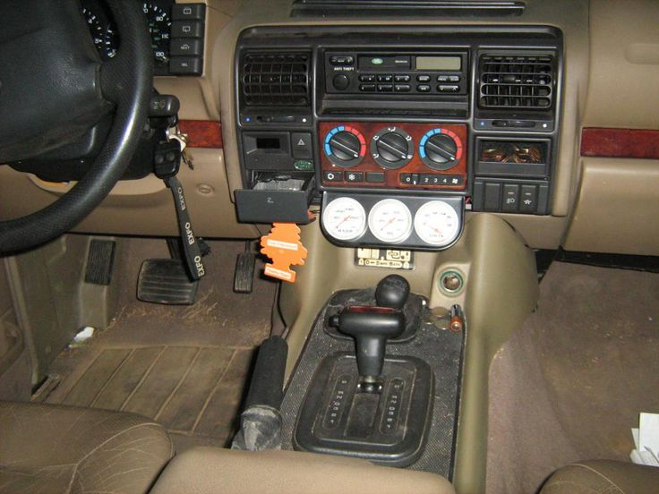 Discovery 1 With Rangerover Interior Seat Pesquisa Google Land Rover Accessories Pinterest