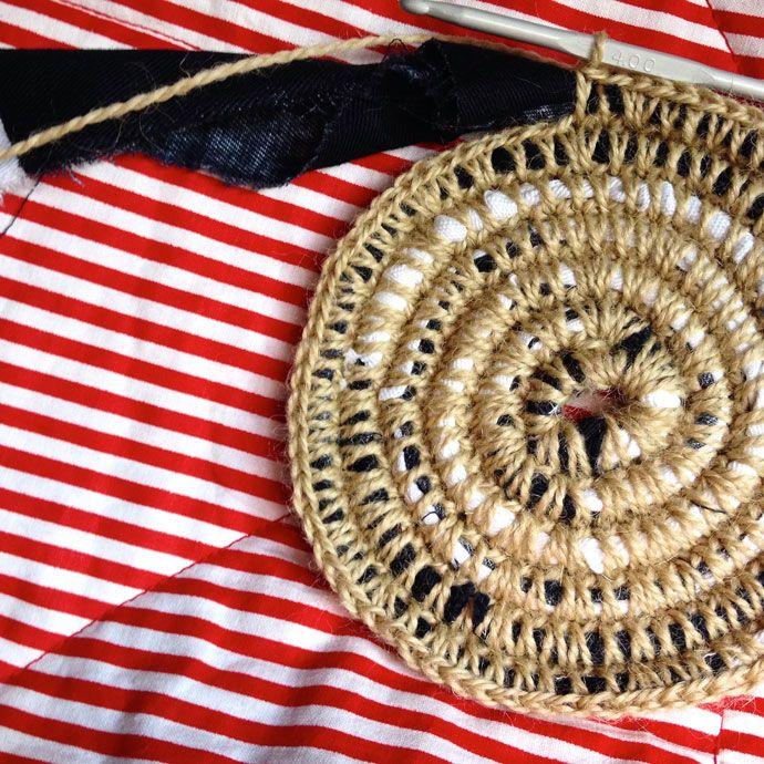 Coiled Rag Rug Instructions: Best 25+ Fabric Rug Ideas On Pinterest