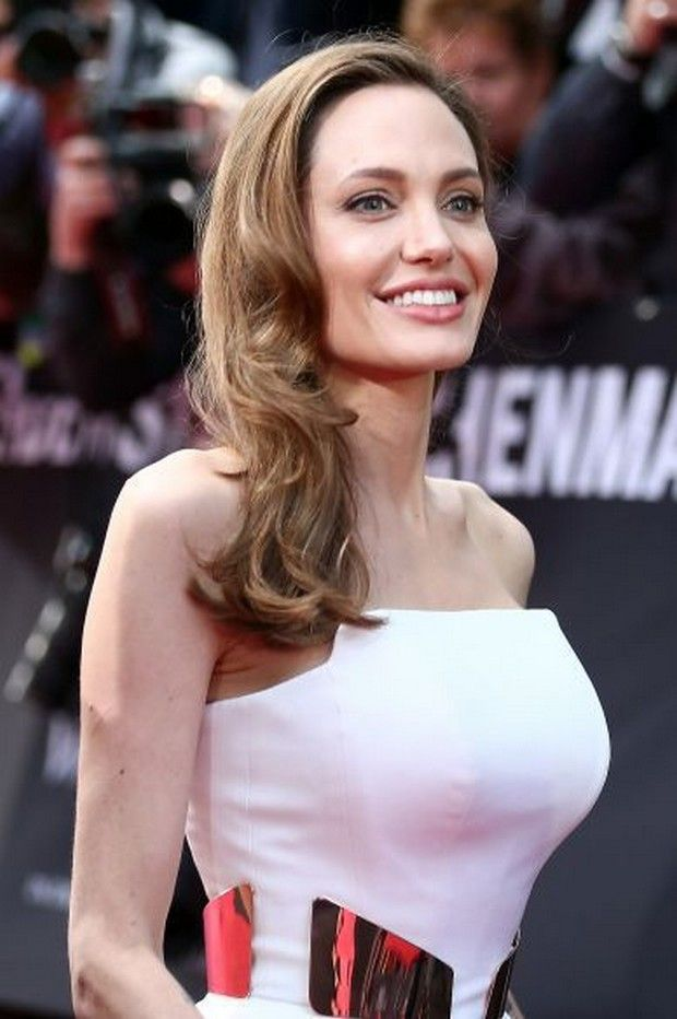 1441 best STUNNING AND BEAUTIFUL ! ANGELINA JOLIE-PITT images on ...
