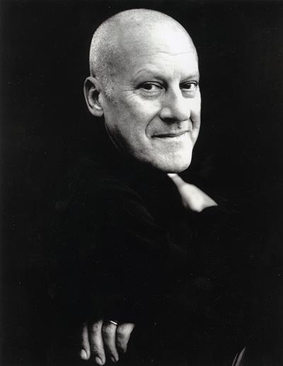 Norman #Foster: Lord Norman Robert Foster, Barone Foster of Thames Bank, è un architetto e designer britannico, tra i principali esponenti dell'architettura high-tech.  Photo: Carolyn Djangoly  (from RIBA facebook page)