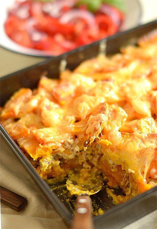 Oszukana lazania (lasagne) dyniowa, czyli zapiekanka z dyni i mięsa pod sosem beszamelowym