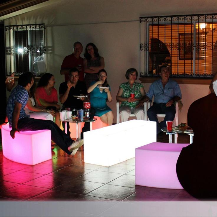 illuminated furnitured. Birthday, Hermosillo, Sonora.   Renta de mobiliario iluminado.