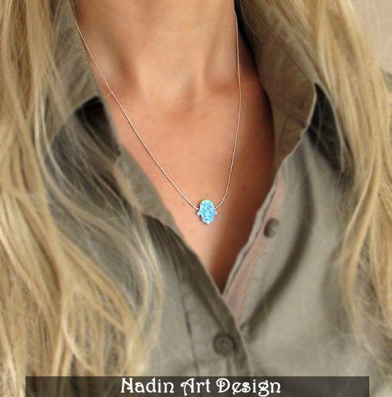 Jüdische Hamsa Halskette / Opal-Anhänger von NadinArtDesign auf DaWanda.com