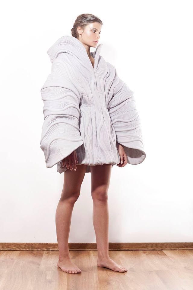 Paulina Bierzgalska | 2014 #fashion #experimental #dress #fashiondesign #fashiondesignschool #aspwarszawa #academyoffinearts #katedramody #fashiondepartment #fashiondesign #warsaw