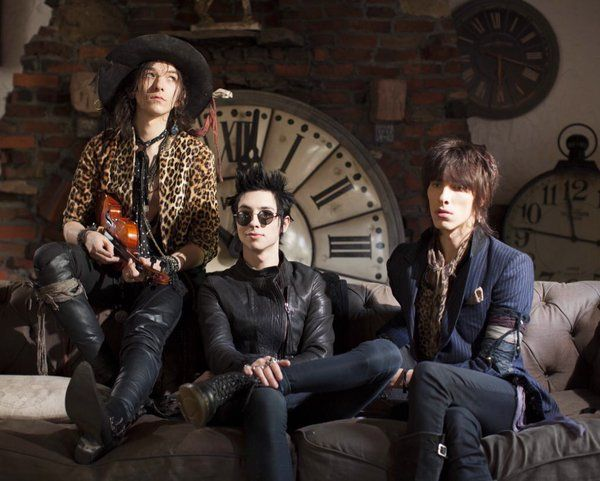 61 Best Palaye Royale Images On Pinterest