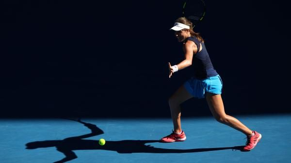 If any further affirmation was required that Johanna Konta is now a distinct contender for the Australian Open's women's singles title, she delivered it in exemplary style by destroying the weak by comparison challenge of former world No 1 Caroline Wozniacki.  Konta was totally dominant for the large majority of this 6-3,6-1 passage through to the competition's last 16, making it nine wins in succession and once again proving to Wozniacki, who held top spot in the WTA rankings for 67 weeks.