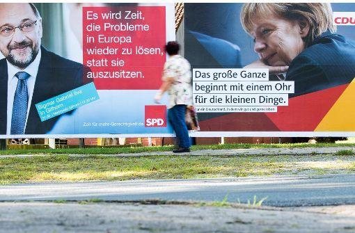 In der Schlussphase des Wahlkampfes stellen CDU und SPD ihre Kanzlerkandidaten Angela Merkel und Martin Schulz in den Mittelpunkt ihrer Plakatwerbung. Foto: dpa