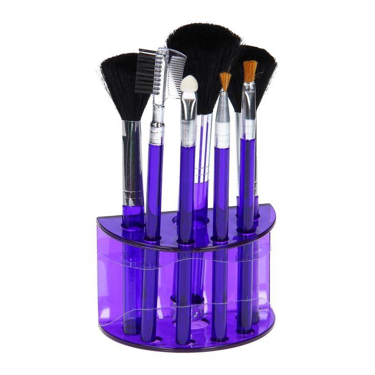 Met deze mooie set van make-up kwasten kun je uren tutten voor de spiegel! De set bestaat uit 7 handige kwasten, met onder andere een oogschaduw-, wenkbrauw- en blushkwast. De kwasten worden in een leuke standaard geleverd in de kleur paars. Zo staan de kwasten altijd netjes rechtop en kun je ze een mooie plek geven! Afmeting: verpakking 17 x 9,5 x 6 cm - Make-up Set, 7dlg. - Paars
