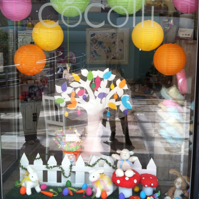 Easter Display Ideas: 17 Best Images About My Favorite Window Dressing On