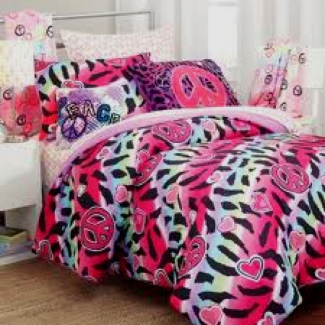 17 Best Images About Ashlynn 39 S Room On Pinterest Zebra Print Nameplate And Duvet Covers