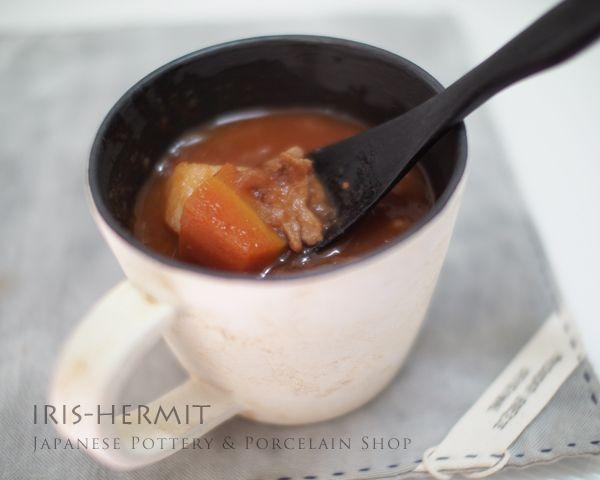『ボルシチ風スープ』を入れて。。- サビ粉引マグカップ〜徳太郎窯〜大町