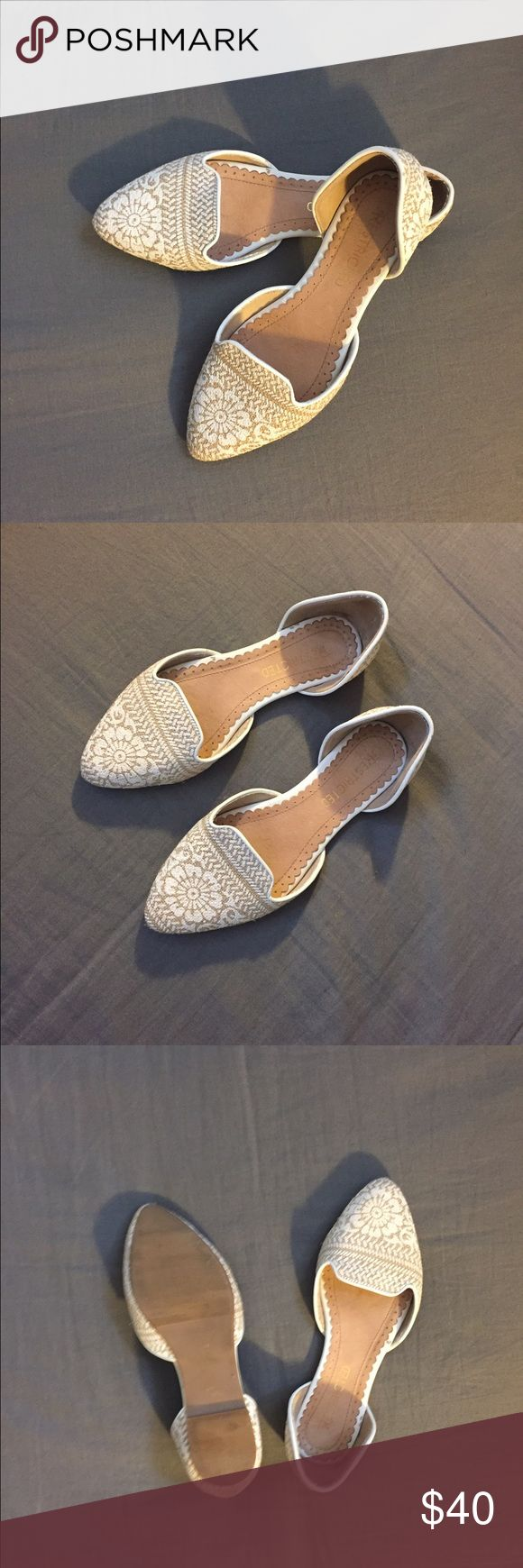 Well-Stepped Flats Gorgeous white pointed flats. Worn twice. Very good condition! Restricted Shoes Flats & Loafers