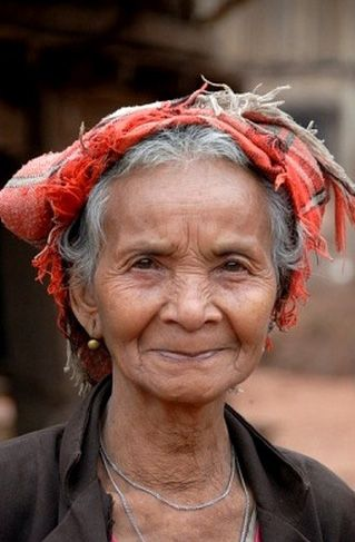**Laos | Old Lao Bit woman. Village Ban Thaodouang, near the Nam Lan Conservation Area, Boun Tai district, Phongsali province, Phongsaly | ©Imagebrokerrm