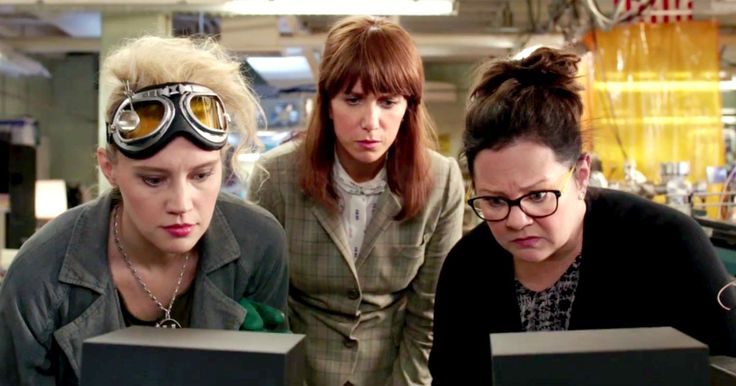 'Ghostbusters' Fan-Cut Trailer Is Way Better Than the Original Version -- A new fan-edited 'Ghostbusters' trailer brings back Ray Parker Jr.'s original theme song to great nostalgic effect. -- http://movieweb.com/ghostbusters-2016-trailer-fan-cut/
