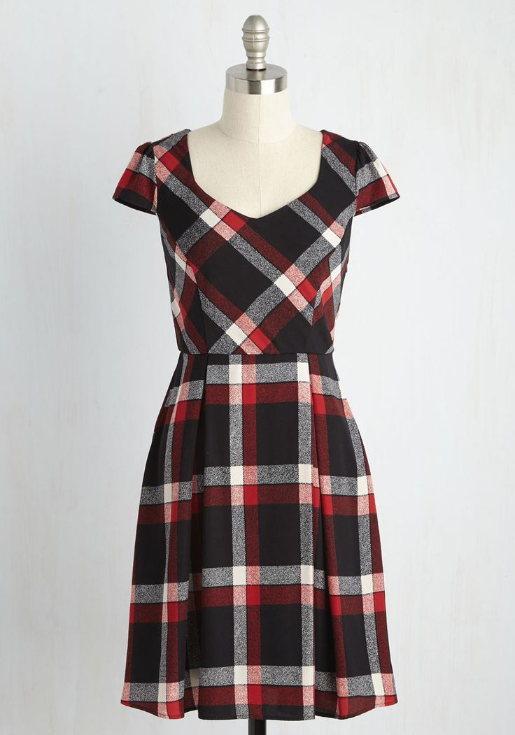 Playful of Wonder A-Line Dress in Black Plaid. Flaunt your admiration for this flirtatious plaid dress by making it the inspiration for a fun-filled afternoon. #black #modcloth