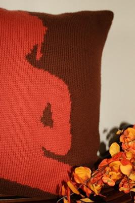 So KnitPicky Gallery: Buddha Pillow