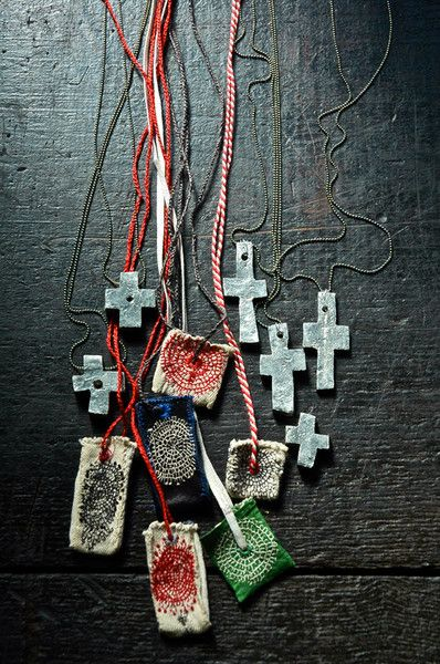 Beautiful necklaces by Japanese artist Junko Oki