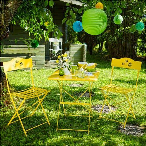 Színes bútorokat a kertbe!
