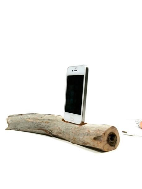 Docksmith - Driftwood iPhone/iPod Charging Dock 76 | VAULT