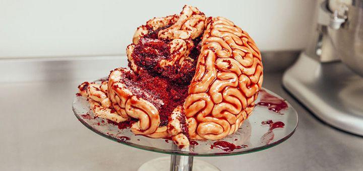 Восхитительно-ужасный торт в виде свежих мозгов: идеальное угощение на Хэллоуин - http://pixel.in.ua/archives/5173