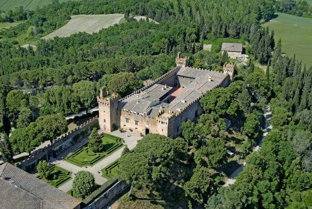 Castello di Oliveto Panoramic view