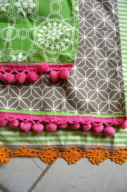 Several ways to sew, embellish and decorate your own kitchen and tea towels. @thenewhomeec