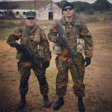 SS Leto KZM oversuits and Russkie gear #airsoft #airsofting #airsoftphoto #milsim #sposn #SSO #Smersh #kzm #ssleto #flora #berezka #Splav #ak74 #webbing #tacticalgear #Russia #Makarov #blackhawk #tacticalairsoft #softair #Страйкбол #gruppa_yug