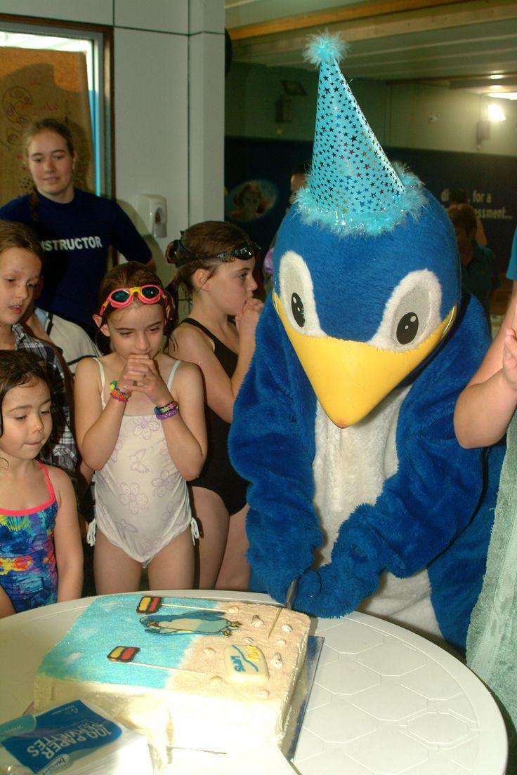 Kori cutting his cake with the kids!