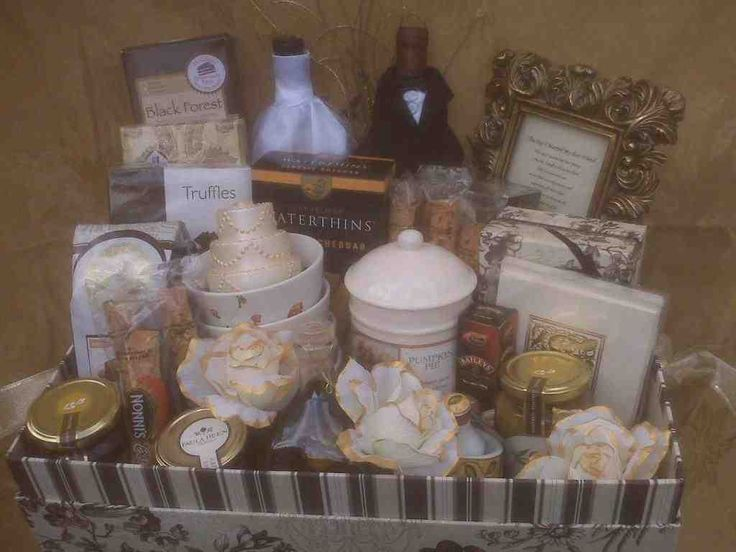 15 Must-see Wedding Gift Baskets Pins Gift baskets, Gifts and ...
