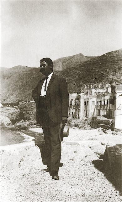 """Σφακιά 1913. Ο γιατρός της Χώρας  με τα ´φράγκικα´ Hubert Pernot """"Εξερευνώντας την Ελλάδα. Φωτογραφίες 1898-1913"""""""