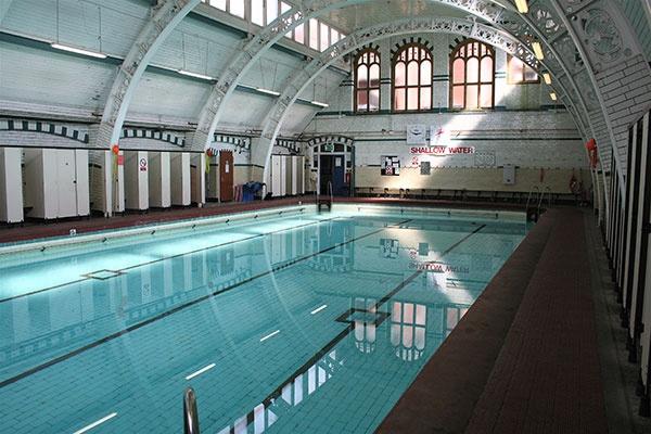 Moseley road baths restoration project birmingham grade ii listed buildings uk endangered for Swimming pools birmingham city centre