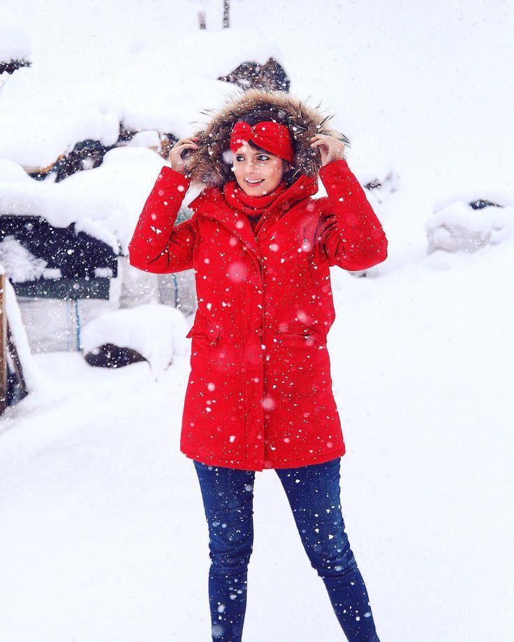 Winter Wonderland - Austria - Salzburger Land - Salzburger Lungau - Schnee - rote Winterjacke - Winter Style https://instagram.com/p/BcehAjul_OL/