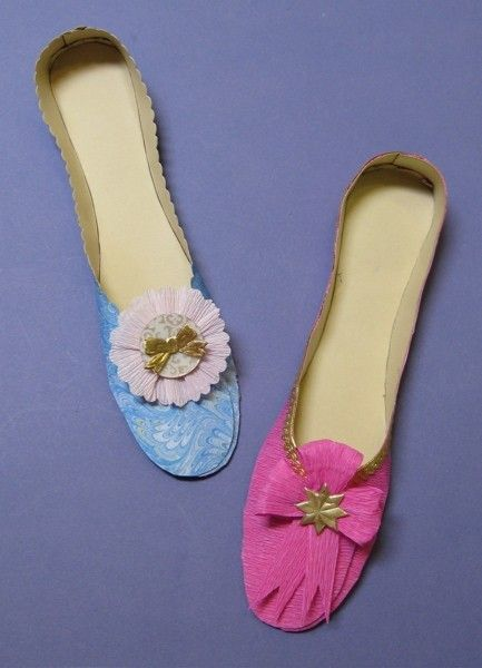 Paper Shoes or Slippers Tutorial PDF by ullabenulla on Etsy. $15.00 USD, via Etsy.
