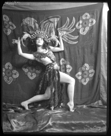 American modern dance pioneer Ruth St. Denis