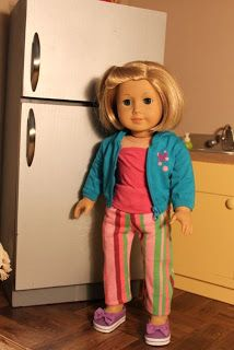 Make your own Refrigerator for 18 inch dolls...wow!