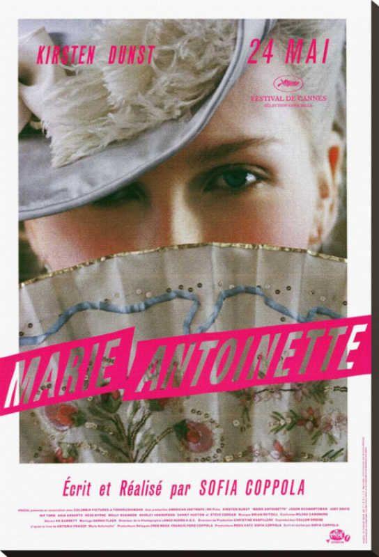 Marie Antoinette. de Sofía Coppola. No es LA película pero tiene buena estética y buena música.