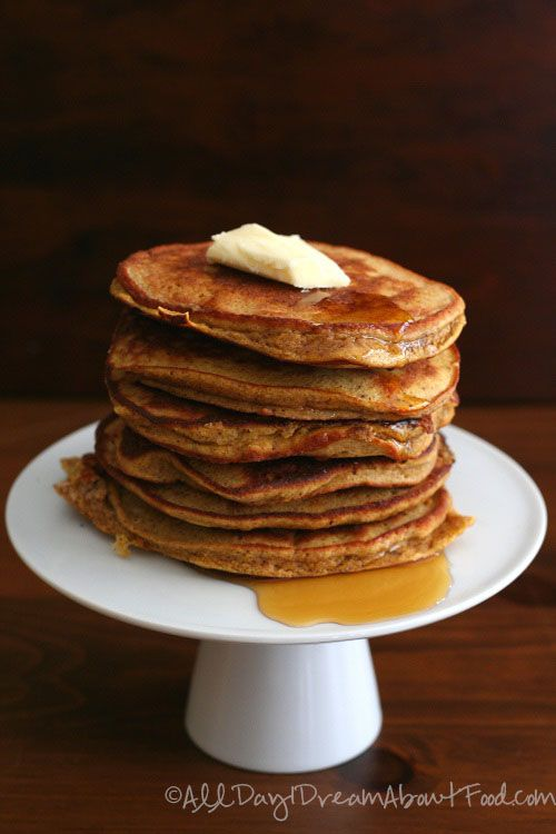 Pumpkin Pancakes // make a bunch to eat throughout week and to freeze, low carb, gluten free, dairy free, 283 calories, 13 g protein, 6 g net carbs