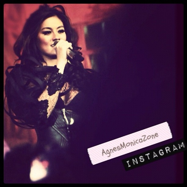 Agnes Monica @agnezmo The World Diva's