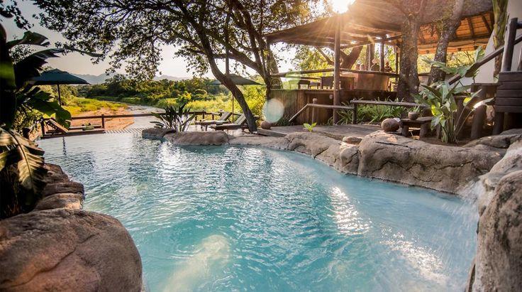 Kuname Lodge   Bench Africa