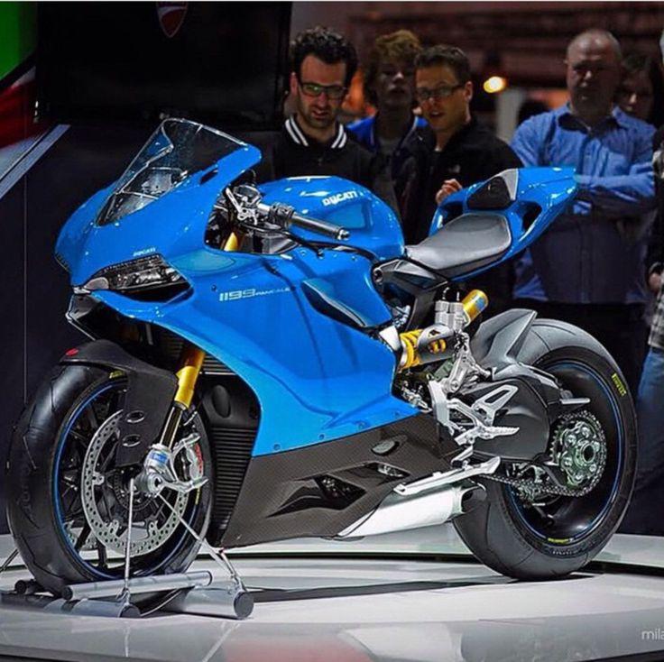 Ducati 1199, cool colour