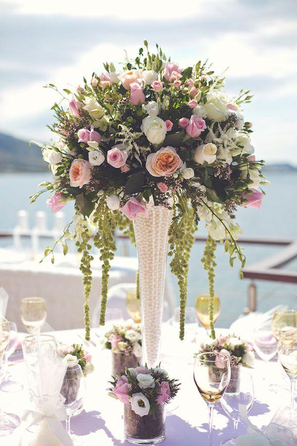 blush pink wedding decoration and flower arrangement with david austin roses by www.StyleConcept.gr διακοσμηση-γαμου-david-austin-τριαντάφυλλα