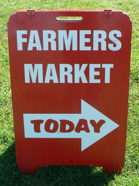 Mansfield Farmers Market - This is the sign that tells you that we are open for business!  4th Saturday of the month