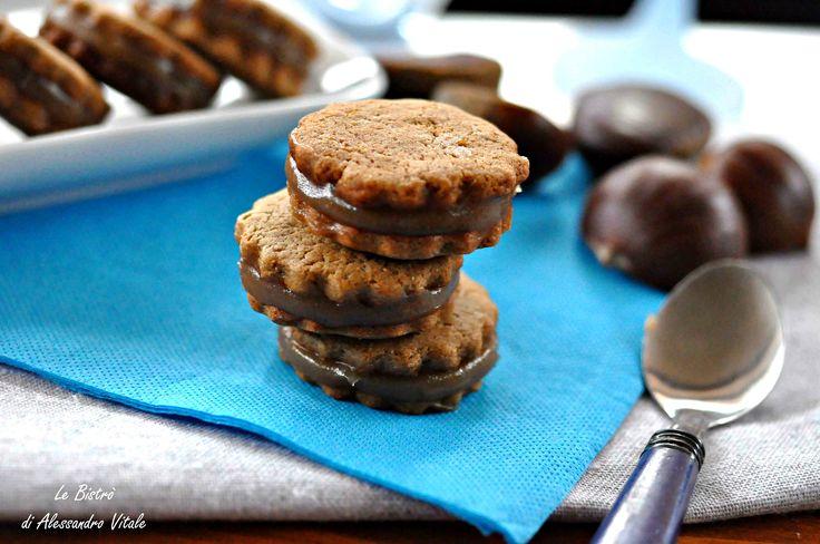 Biscotti di castagne con crema ai marroni, ricetta dolce
