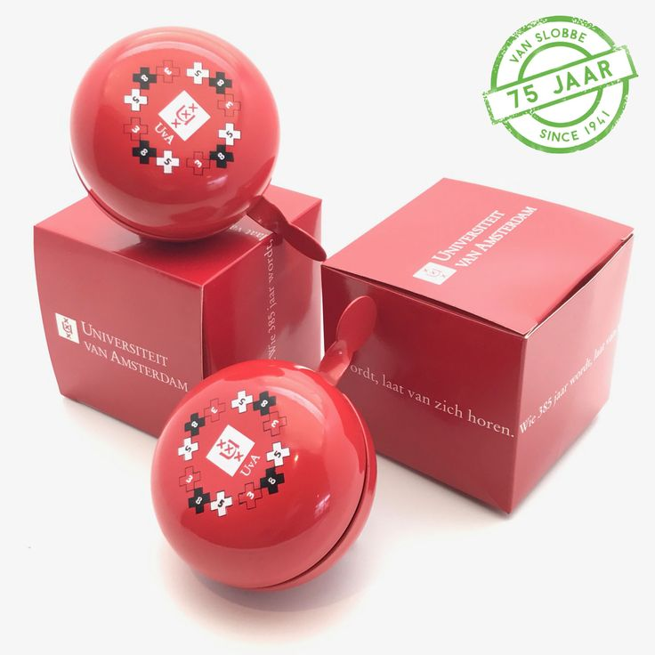 Fietsbellen bedrukken met logo of tekst. Leuk als relatiegeschenk, verpakt in custom made doosje >>>  https://www.vanslobbe.nl/nl/outdoor-en-vrijetijd/sports/fietsbellen