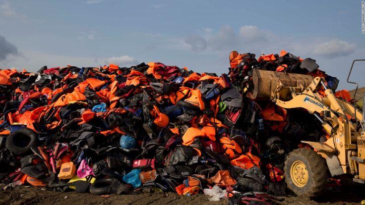 151002090934-02-migrants-1002-super-169.jpg (1100×619)