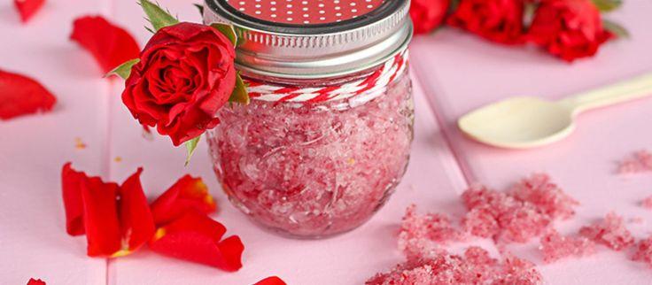 Różany peeling cukrowy domowej roboty