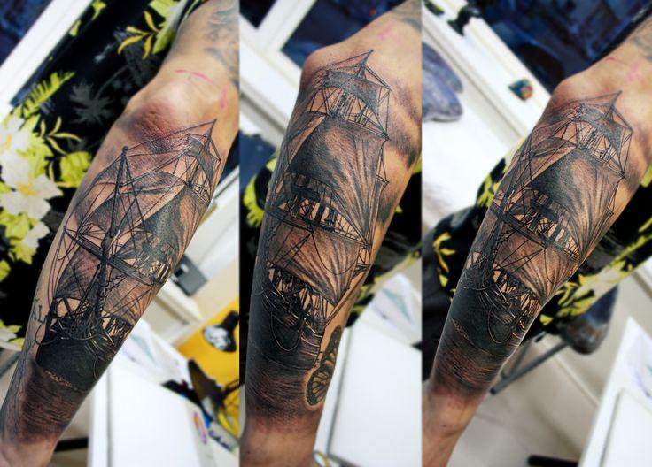 Caravel, Caravela, boat, nautico, navegar, portuguese, tattoos portugal, Montijo Portugal, tattoo artist montijo, bestday, realistic tattoo europe, tatuagem realismo, lovemyjob, Vinicius Oliveira Montijo
